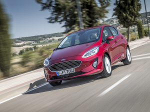 Ford fiesta red drive front