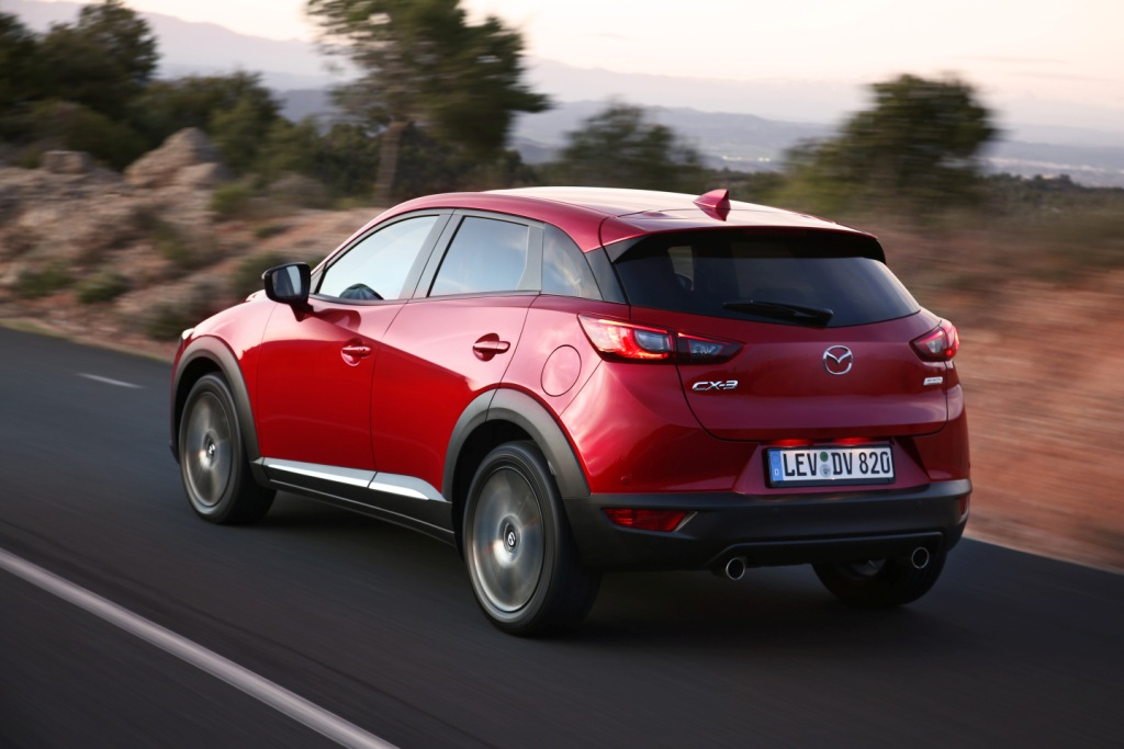test mazda cx 3 flirten met de carpolicy link2fleet link2fleet. Black Bedroom Furniture Sets. Home Design Ideas