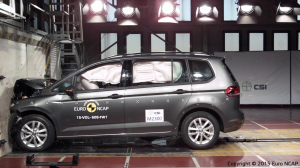 VW touran EuroNcap